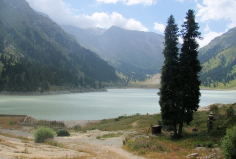 Big Almaty lac